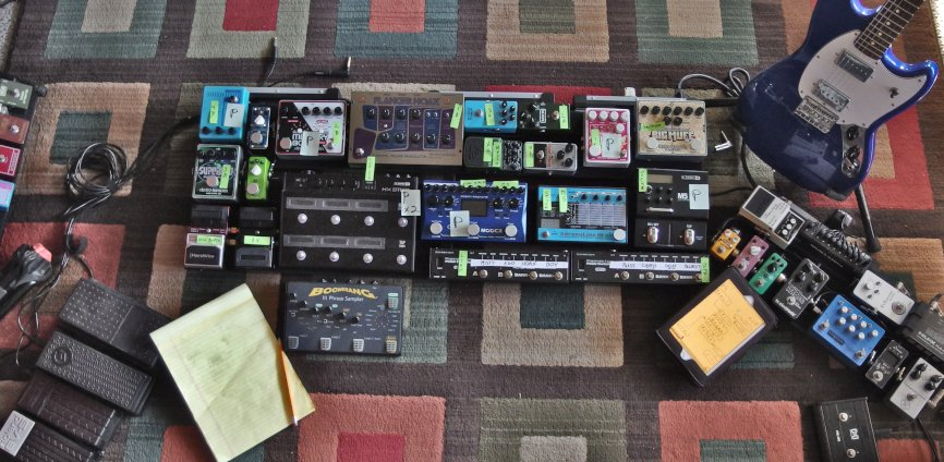 Pedalboard Progress 2 resize.jpg