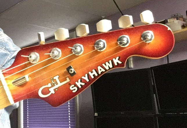 Skyhawk with String Tree.jpg